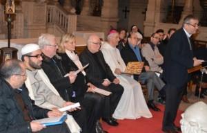 Interreligiöser Dialog neue Weltreligion