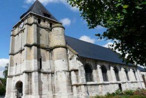 priester in kirche ermordet